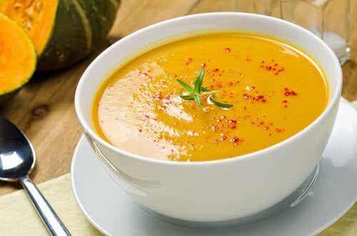 五種美味又有效的脂肪燃燒湯