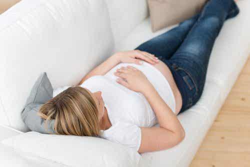 為何我總是容易腹部腫脹?