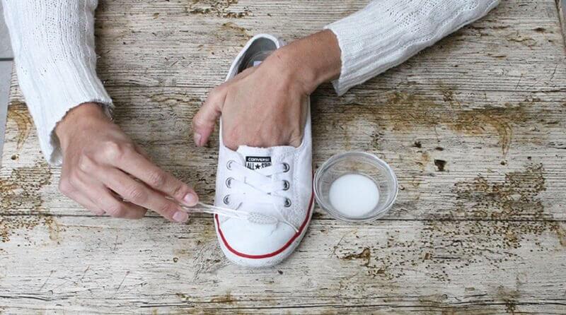 小蘇打與鞋