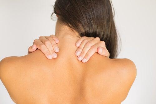 練習3頸部伸展