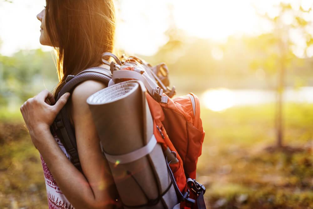 女人獨自旅行