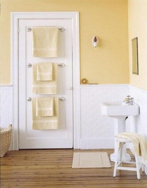 門上毛巾架