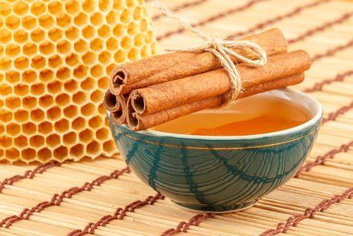 蜂蜜和肉桂
