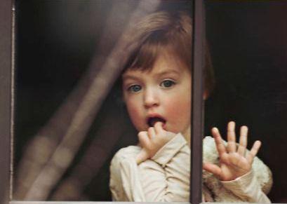 在窗邊的孩子
