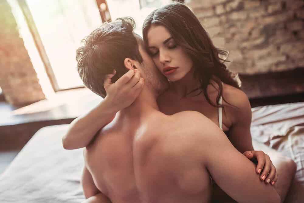 如何給對方肛吻