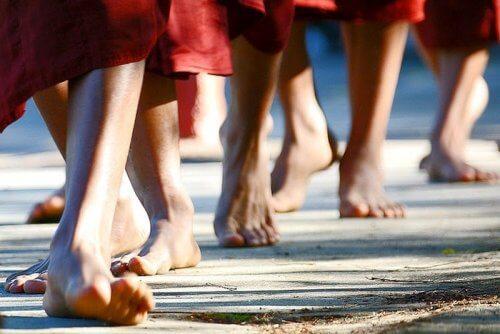 散步時冥想能排解負面情緒