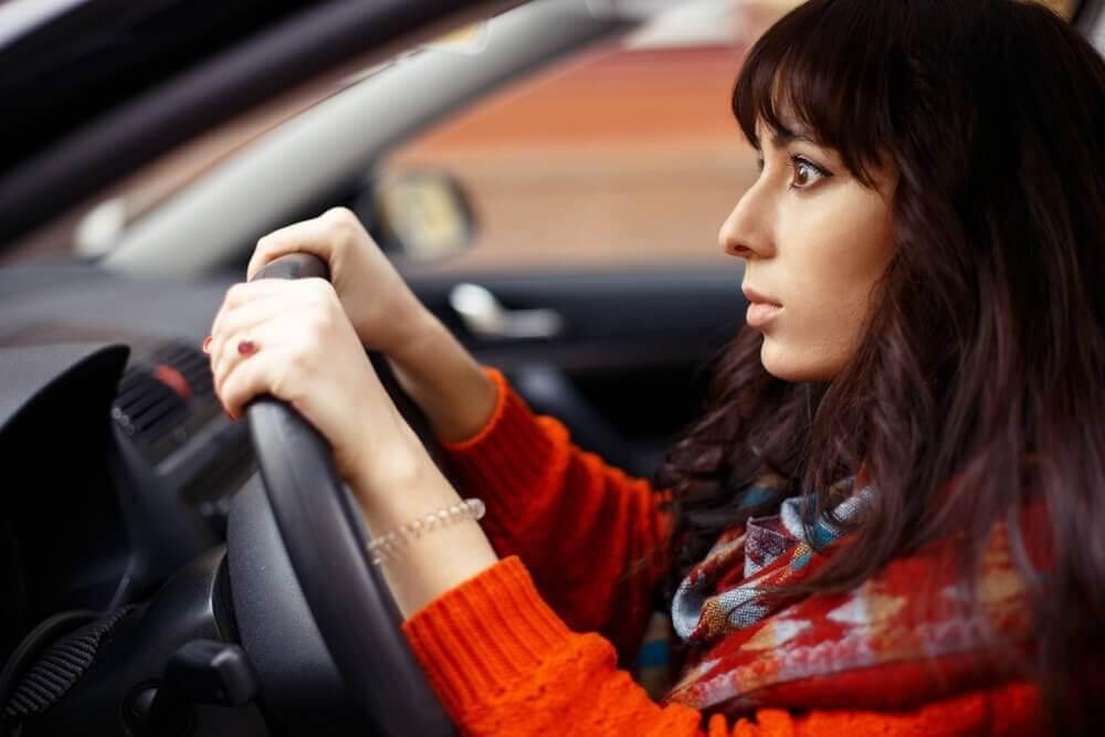 懼怕駕駛的因素:什麼阻擋你開車上路?