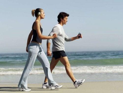 每天運動20分鐘照顧心血管健康