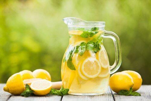 每天喝檸檬汁