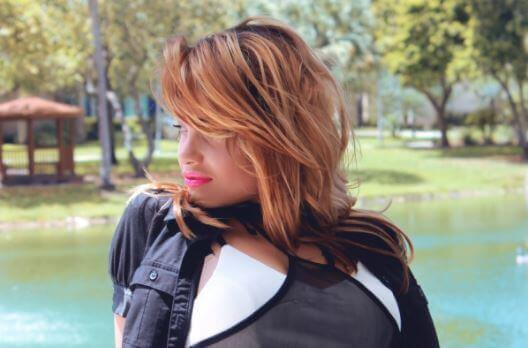 為頭髮稀疏的女性朋友所設計的七種簡單技巧