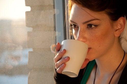 緩解消化道疾病的4種天然花茶