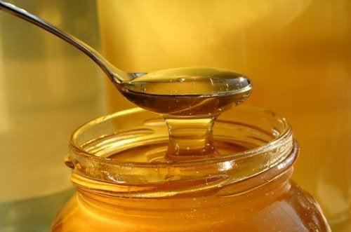 蜂蜜對抗感冒