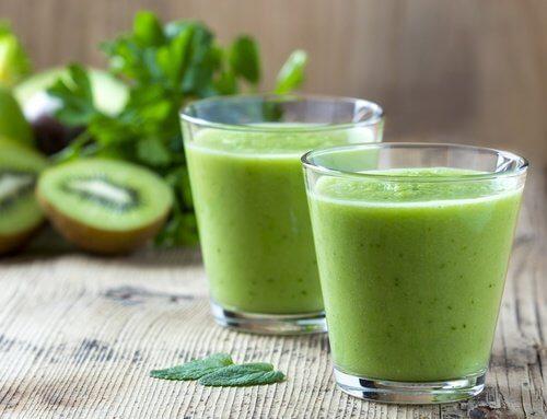 奇異果菠菜萵苣汁