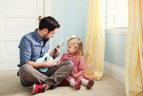 父親養育一位堅強女性應該做的八件事
