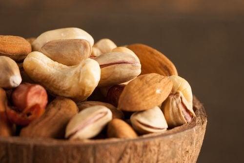 為何要浸泡堅果和種籽?