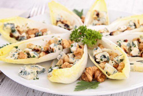 菊苣、藍紋乳酪、核桃