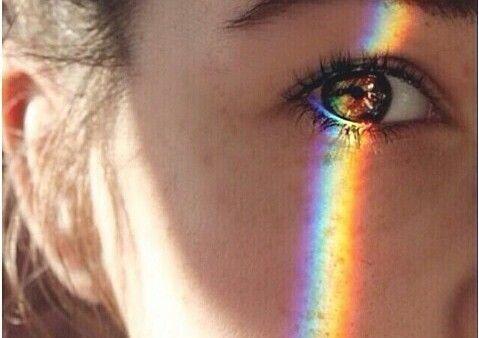 眼睛與彩虹
