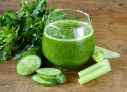 你應該試試的5種黃瓜排毒果昔