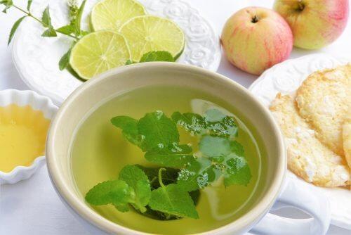 六種幫助身體排毒的茶飲