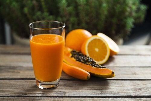 木瓜和柳橙