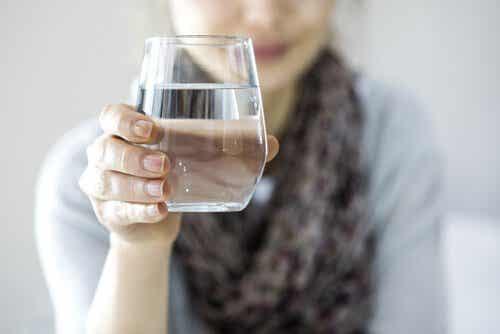 水真的有助於瘦身嗎?來探索流言與事實吧!
