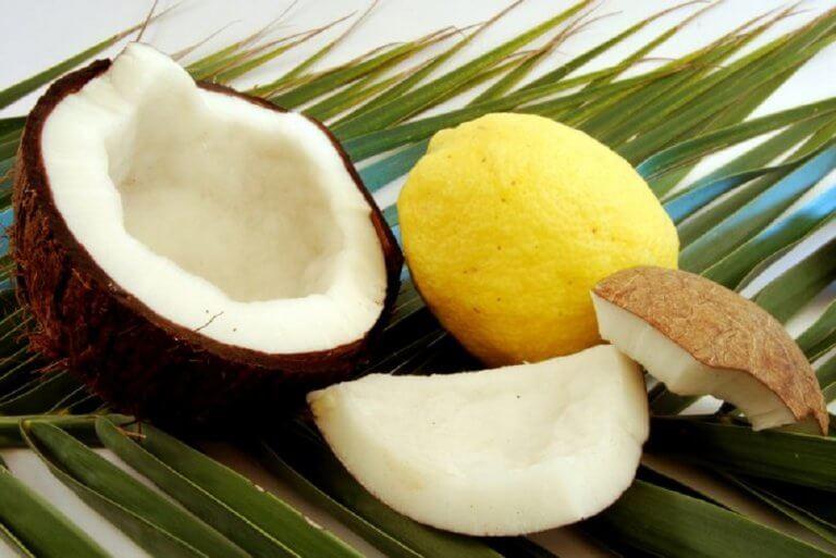 椰子油和檸檬汁
