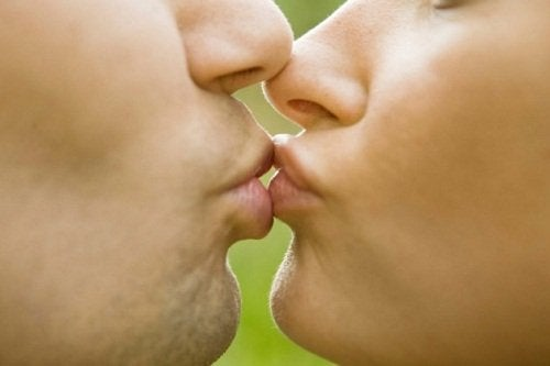 接吻疾病-傳染性單核球過多症