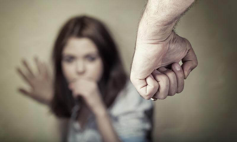 精神暴力留在我們身上的印記