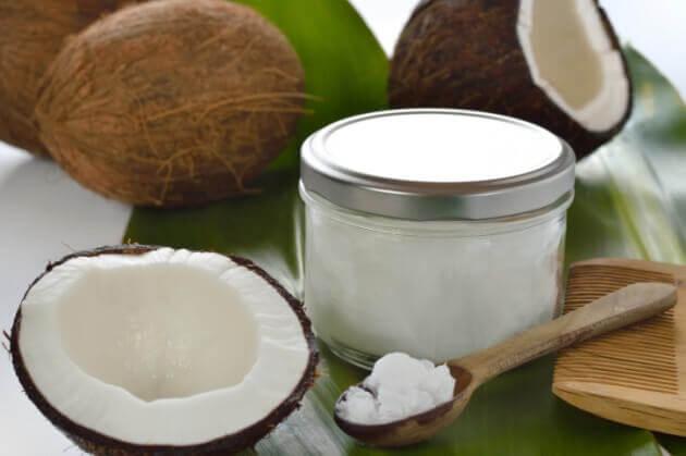 椰子油和大蒜乳膏