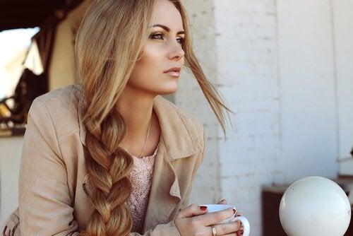 讓頭髮又長又健康的4項祕訣