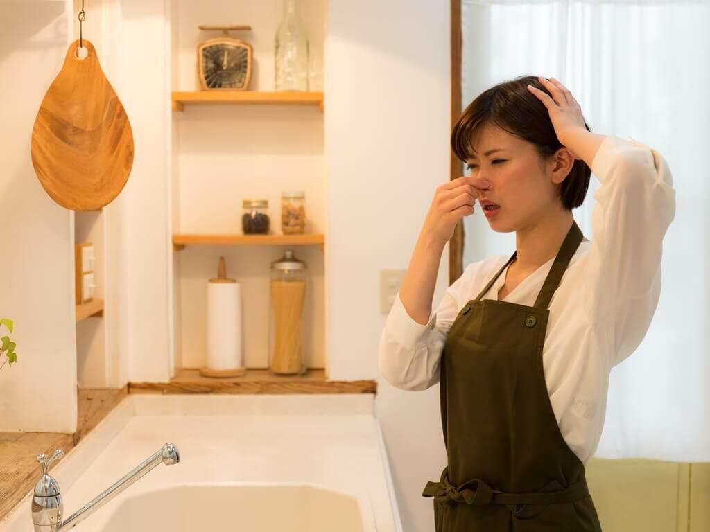 消除廚房臭味的技巧