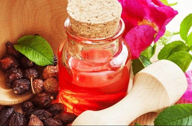 乳木果油及玫瑰水