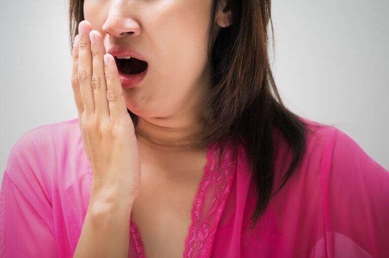 學習如何用天然方式有效治療口臭