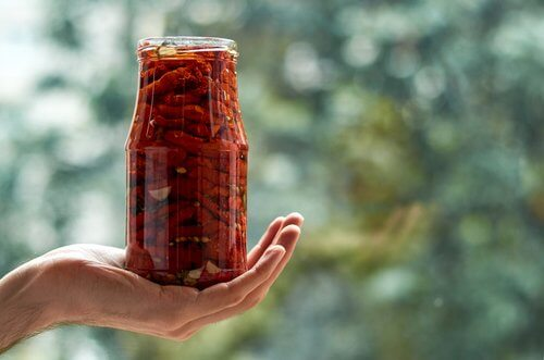 罐裝日曬番茄