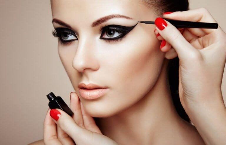 試試這7招讓你美呆了的化妝祕技