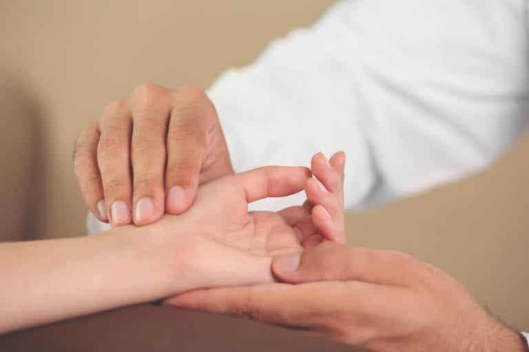 預防惱人症候群的6種手部運動