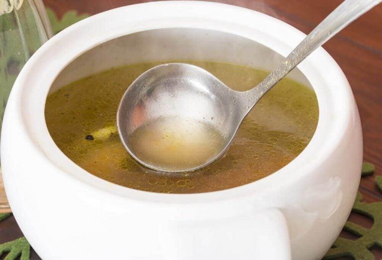 探索完美甘藍菜湯膳食法