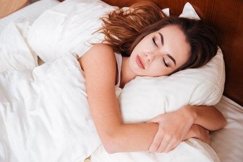 睡覺的女人