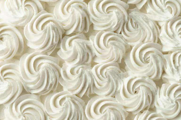 學習如何製作蛋糕上的裝飾糖霜