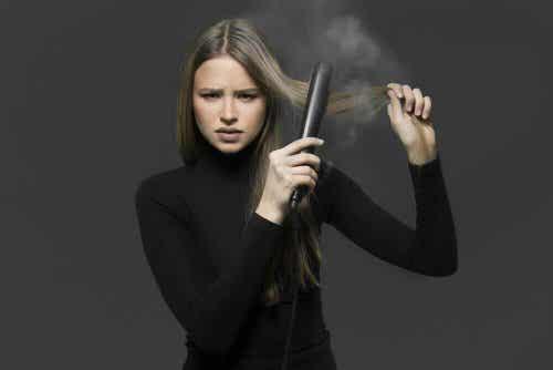 四種不用電棒就能自然拉直頭髮的方法