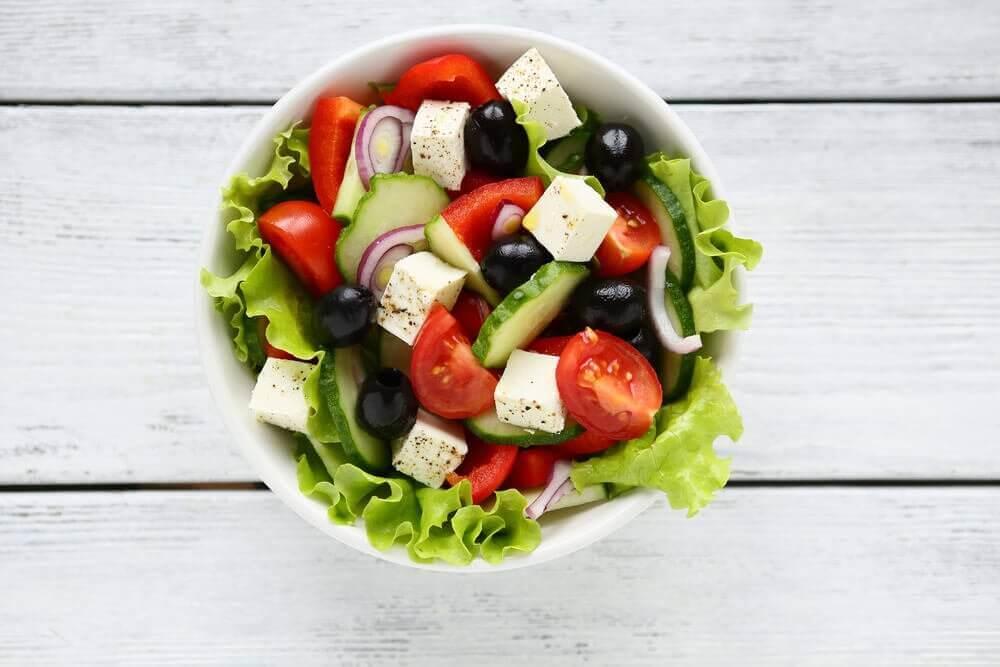 用美味的希臘沙拉帶給你的客人驚喜