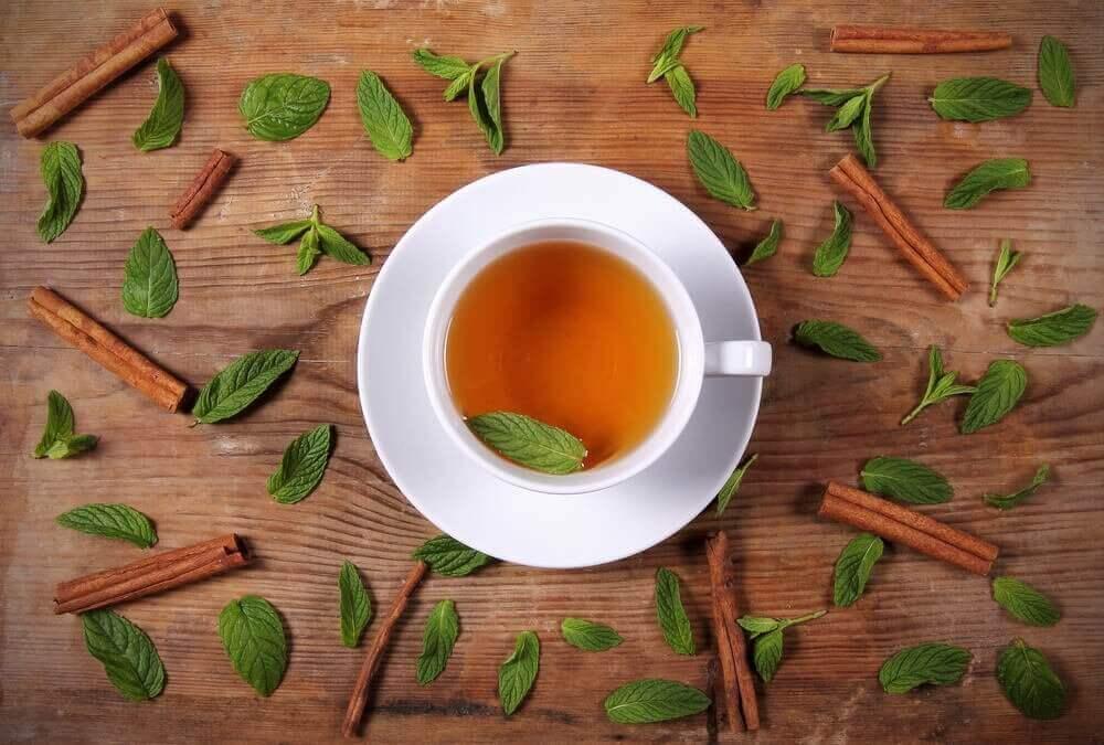 探索肉桂蜂蜜茶的瘦身效益