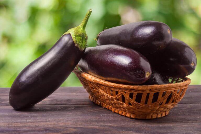 茄子萃取精華:降膽固醇的天然配方