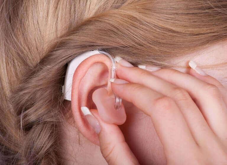 聽力受損的症狀與治療