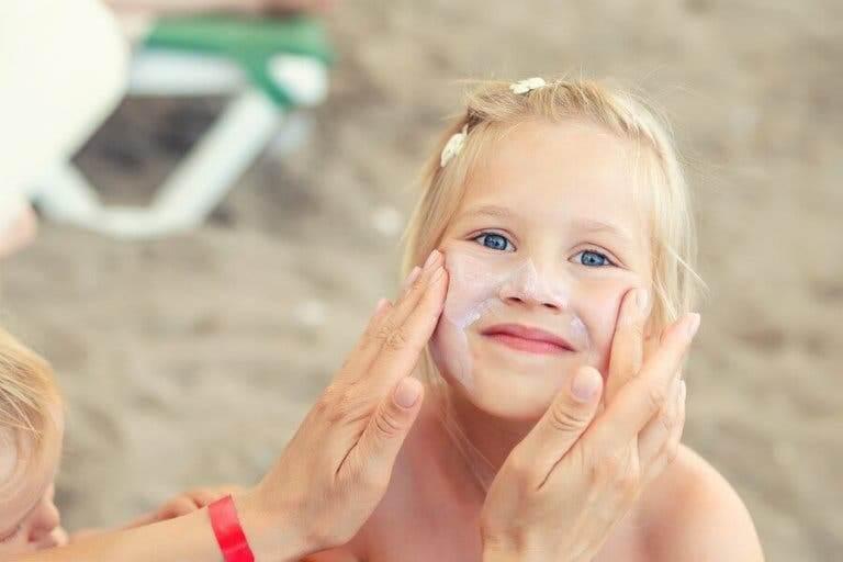 夏天皮膚護理對兒童的重要性
