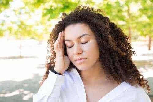 如何緩解夏季頭痛