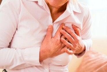 女性異常的心臟病發作症狀