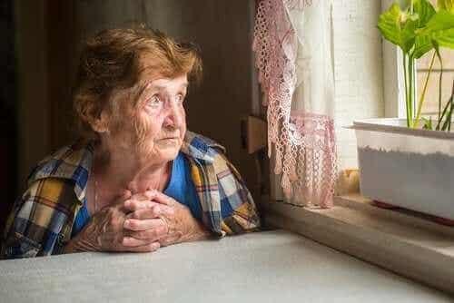 孤獨感對老人健康的影響