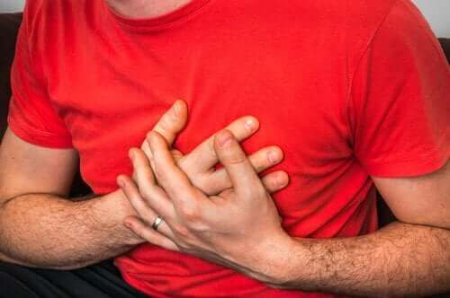 咳嗽時胸部疼痛的成因