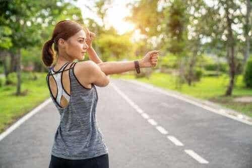 肌肉拉伸或肌肉强化:哪種較好?